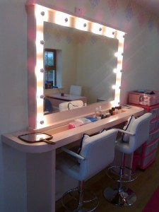 Custom made Make Up Studio